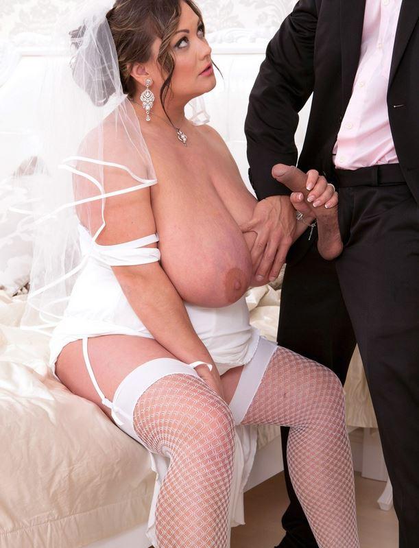 Rubensfrau im Brautkleid mit dicken Titten